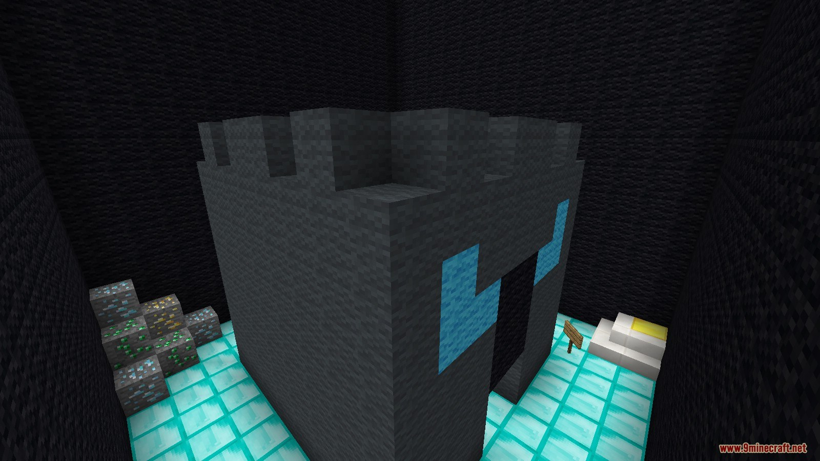 PopularMMOs Find The Button Map Screenshots (4)